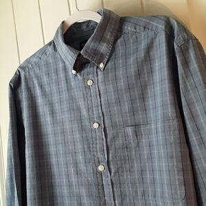 Roundtree & Yorke Blue Plaid Dress Shirt